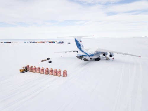 29-31 January 2021, from ice airfield of the Russian station Novolazarevskaya in Antarctica by the specialists of the company